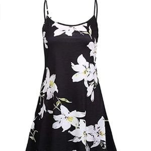 Dresses & Skirts - Summer Floral Spaghetti Strap Dress